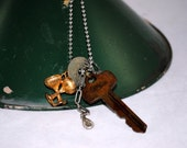 Rusty Key Necklace , Old Keys , Vintage Found Objects Jewelry , Keys Charms Adjustable Chain , Assemblage , Steampunk , Steam Punk , Retro