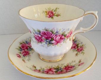Beautiful Paragon Vintage Teacup