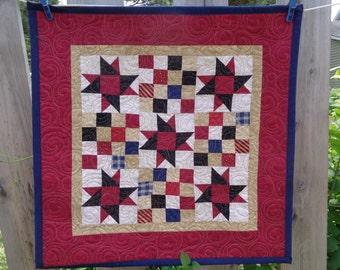 Patriotic Little Quilt, July 4th Quilt, Americana Quilt 0604-03