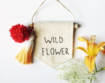 Wildflower Embroidered Mini Banner - 4 x 5 inch Wall Banner Wall Hanging Canvas Mini Banner