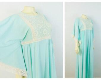 Vintage Nightgown Vintage Caftan 60s Gilead Aqua & Ivory Lace Panel and Trim Size Medium Modern Small to Medium