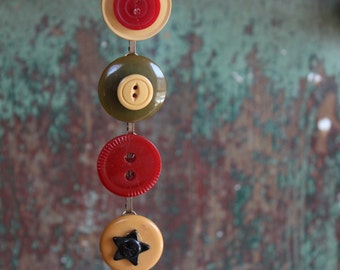 Antique Bakelite button bracelet, vintage retro jewelry recycled repurposed up cycled funky victorian