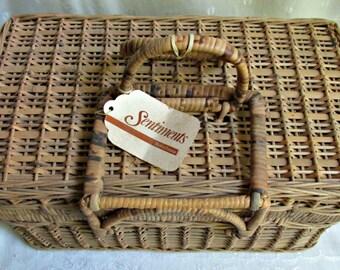 Rectangle Wicker Handled One Lid Picnic Basket Crafts Sewing Storage Vintage Rustic Primitive Decor