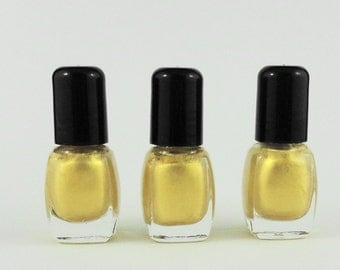 Nail Polish Yellow Golden Vegan nails 3 free indie nail polish