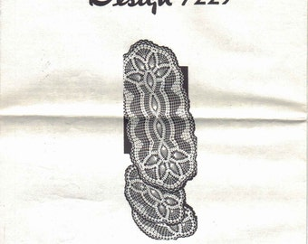 Filet Crochet Pineapple and Shells Doily Pattern, Crocheted Doilies Pattern, Vintage Alice Brooks Designs Mail Order Crochet Pattern 7229