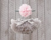Baby Girl Ruffle Bottom Tutu Bloomer & Headband Set in Grey - Newborn Photo Set - Cake Smash - Diaper Cover - Baby Gift - First Birthday