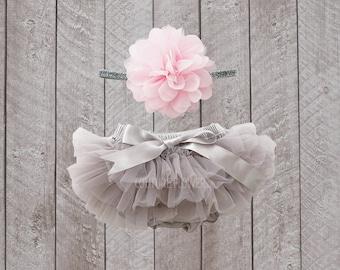 Baby Girl Ruffle Bottom Tutu Bloomer & Headband Set in Grey - Newborn Photo Set - Cake Smash - Diaper Cover - Baby Gift - First Birthday