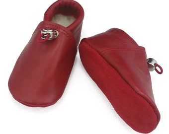 Handmade red leather lambswool lined baby shoes.  Crib shoes.  Soft sole shoes.  Booties. Moccasins