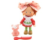 Strawberry Shortcake Doll Vintage 1980's Kenner Toy with Hat, Dress, Tights, Shoes, Comb & Custard Cat