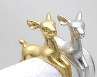 DEER ring >> SALE << 18k gold fawn doe >> basically cutest animal ever on your finger