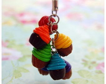 Cellphone Charm - Rainbow Cupcakes