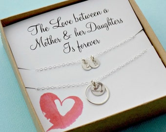 Mother's initial necklace STERLING SILVER, gift for Mom on Mother's day gift from daughters, eternity circle, heart charm, monogram initials