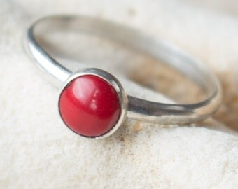 Red Coral Ring , Apple red Coral Ring , Coral Bright red ring , Sterling Silver ring , Red ring silver , Coral ring