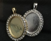 Oval Rhinestone Photo pendant setting great for memory charms , Bouquet, Boutonniere, or Bridesmaid gift - for photos of loved ones