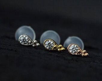 AAA CZ diamond in teardrop shape casting with trinity ball push in 16g bio flexible tragus /forward helix / lip / medusa piercing (1pc)