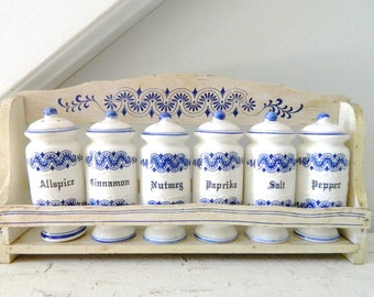 Vintage Spice Rack Spice Jars Shaker Blue and White Delft Pattern Farmhouse Cottage