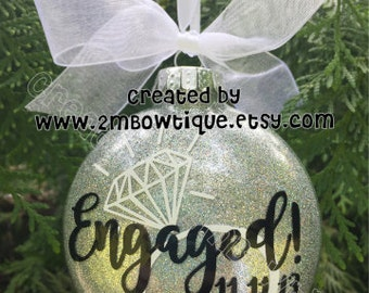 Engagement Gift / Engagement Ornament / Free Personalization / Gift Idea for Couple / Engagement Ornament