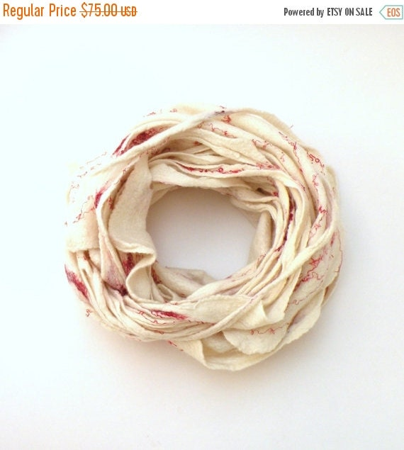 SALE Cobweb felted wool Circle scarf - necklace / natural white and red - autumn spring scarf - infinity scarf - autumn fall fashion