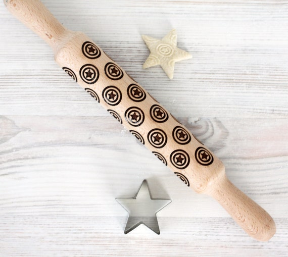Comic Superhero Engraved rolling-pin - Captain America pattern - Embossed Rolling Pin