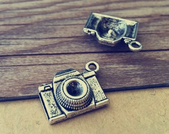 20pcs Antique silver camera Charms 15mmx18mm