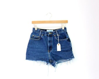 """Waist 28"""" High Waisted Vintage Denim Shorts"""