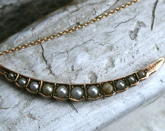 Antique Scalloped Crescent Pearl Necklace in 10K/14K Yellow Gold.