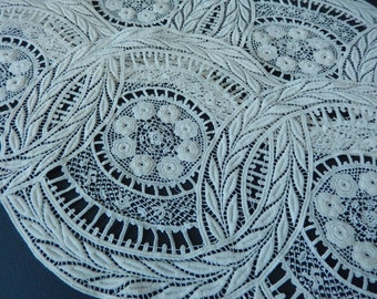 Victorian Lace - Antique Lace - Rare Vintage Lace - Crocheted Lace - Costume Lace - Edwardian Lace - Circular Lace