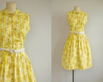 Vintage 1960s Print Dress / 60s Novelty Floral Stripe Print Cotton Day Dress with Pleated Skirt Peter Pan Collar