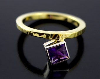 February Birthstone Amethyst Ring. Offset Ring. Princess Cut Grape Purple Amethyst Promise Ring in Sterling Silver and Gold Plating - CS1507