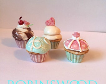 Blythe playscale cupcakes
