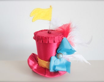 Vintage Tweedledee or Tweedledum Alice in Wonderland Inspired Mad Hatter Tea Party MIni Top Hat Headband (or fascinator)