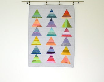 Rainbow Baby Quilt, Modern Crib Quilt, Wall Hanging, Geometric Baby Quilt, Gray Quilt, Geometric Baby Bedding
