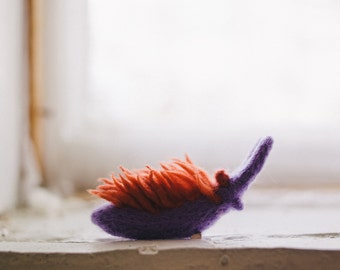 Flabellina iodinea, miniature needle felt nudibranch, wool nudibranch sculpture, wool sea slug, gift for divers and marine biologists