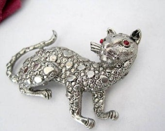 Kitty Cat Pin -  Red Rhinestone Eyes - Cat Brooch