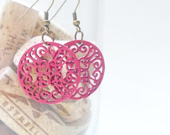 Bright Pink Earrings, decorative filigree cirlce pendant earrings