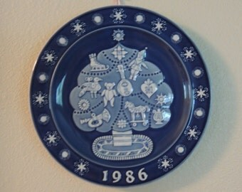 Vintage DANSK Christmas Plate 1986 The Spirit of Christmas Series Numbered on Back Blue and White Collectible Plate Made in Denmark