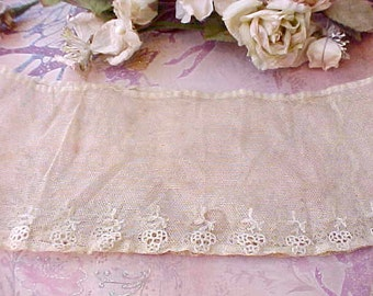 Sweet Circular Piece of Victorian Embroidered Net Trim, Perfect for Doll
