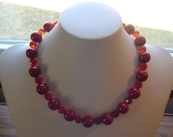 """18"""" Red Beaded Necklace"""