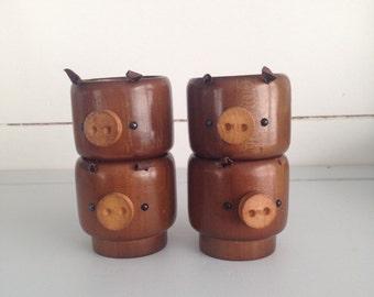 4 Vintage Stackable Piggy Egg Cups