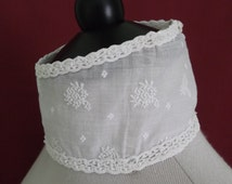 For 25% off use coupon 'SALE25' - 1890s 1900s Restored Antique Victorian Boned Collar - Embroidered White Muslin and Lace