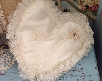 1930s Vintage heart satin ring bearer pillow, shabby chic weddings