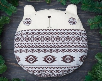 White Pillow Tribal Bear Native American Home Décor Decorative Cushion Wedding Gift Housewarming Gifts Round Pillow
