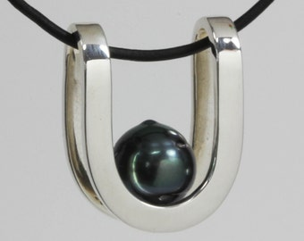 Sterling Silver U pendant with Black Cultured Pearl