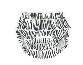 TALLY Organic Diaper Cover. Black and White Baby Bloomers. Black Stripe Diaper Cover. Toddler Diaper Cover. Toddler Bloomers.