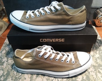 Converse Chuck Taylor All Star Olive Green Canvas Sized 10.5 (New)