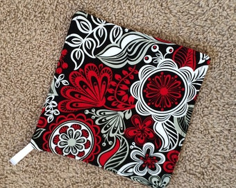 Pot Holder (1) - Red, Black and White Flowers