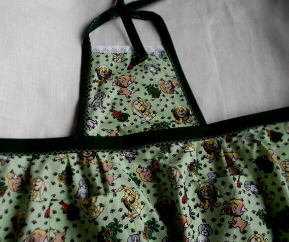 Full childrens apron, green cotton apron with puppies pattern for mummy's little helper girl gift