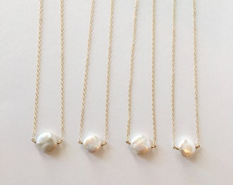 Bridesmaids Sets - Simple Freshwater Pearl Necklace // Sets of 3, 4, 5, & 6 // Bridesmaid Necklaces