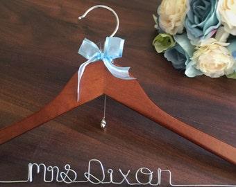 Personalised Hanger, wedding hanger personalised, Bridal Hanger, Hanger, wedding coat hanger, wedding hanger, wedding hangers name, weddings