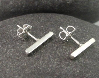 Small Square Sterling Silver Posts Ear-381